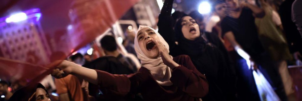 turkey_demonstrators.jpg