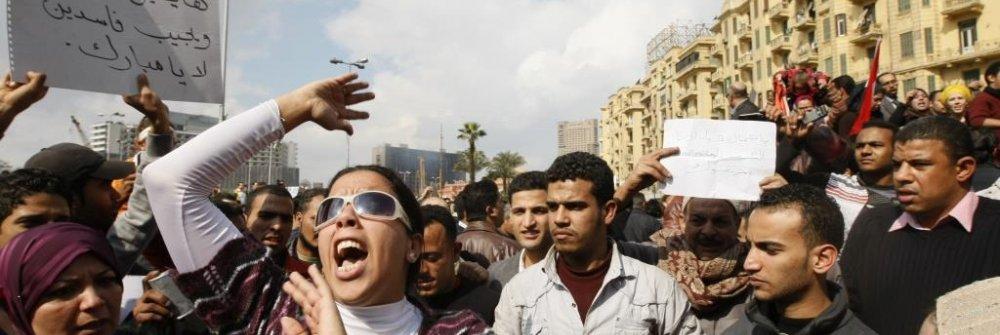 223892_egyptian_demonstrators_protest_against_p.jpg