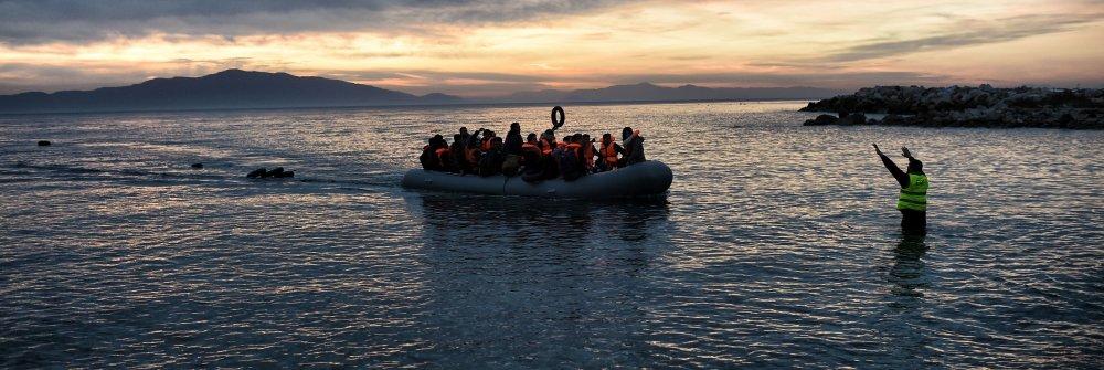 226617_topshot-greece-eu-migrants.jpg